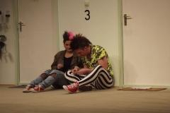 Tratsch im Treppenhaus (2013)