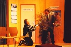 Verrückte habens auch nicht leicht (2004)